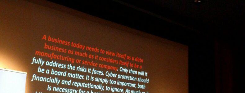 Est-il encore possible de gérer son image privée et professionnelle sans maîtriser la sécurité de ses données ? avec Stéphane Koch
