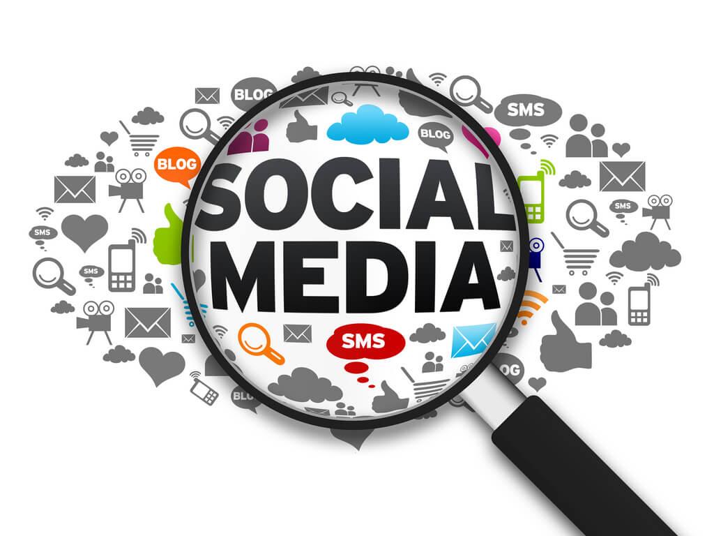 Social Media - 1ère position