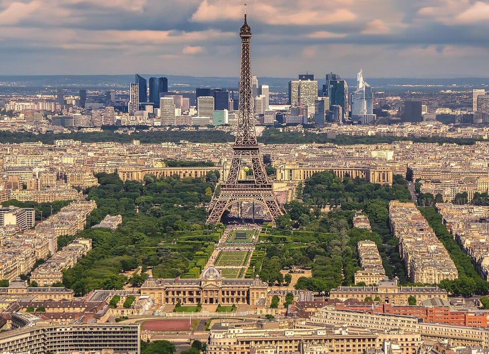 A Paris, l'agence 1ère Position, experte en SEO