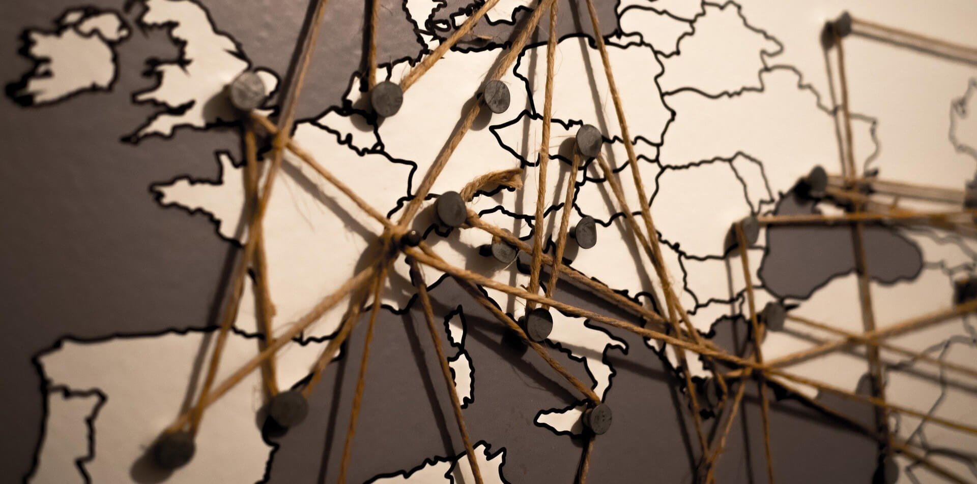Carte de l'Europe avec maillage entre les villes principales